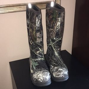 Shoes - Muck Boots